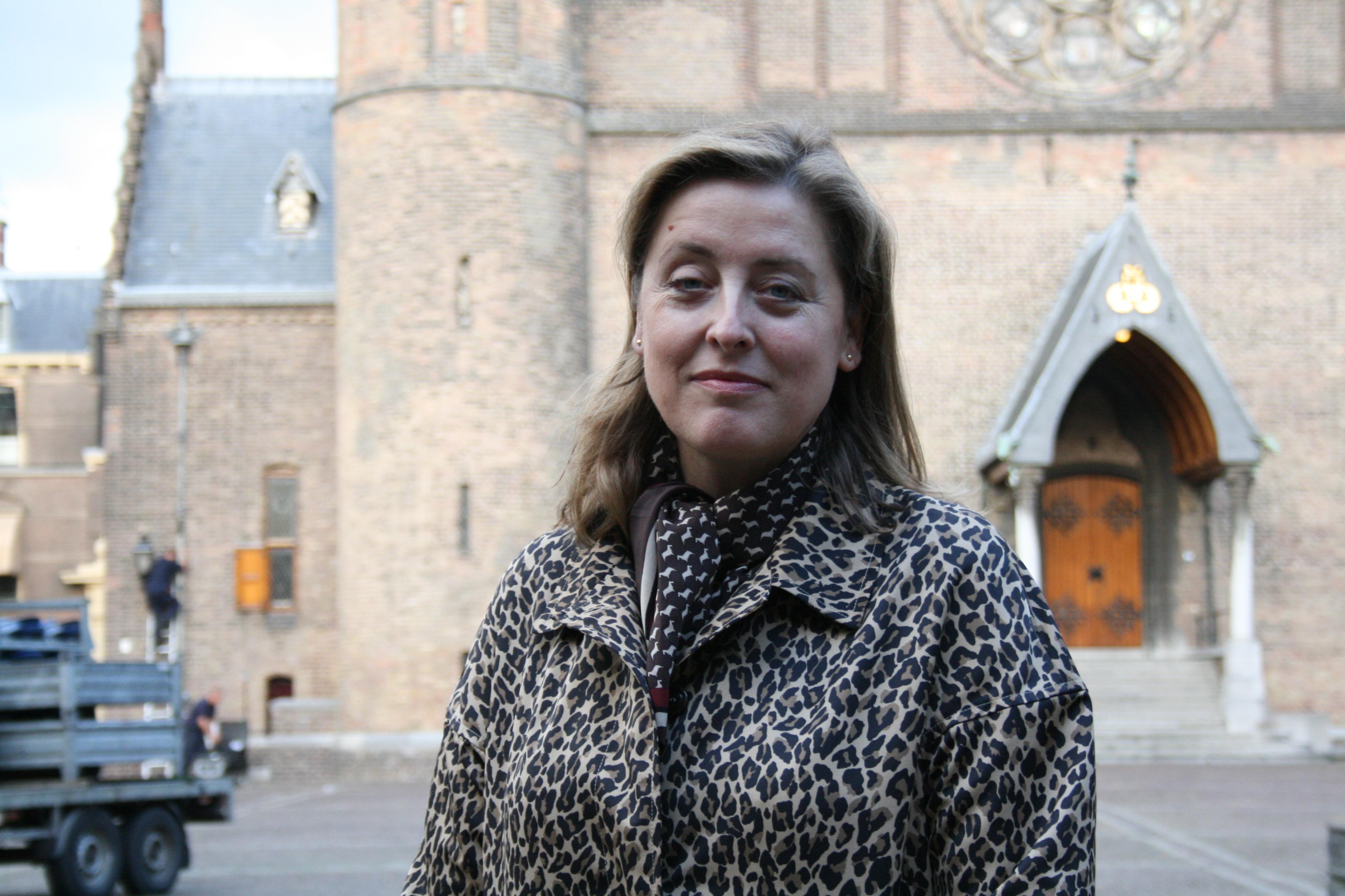 """Interview Sabine Vandeputte (VRT): """"Nederland is wel heel erg met zichzelf bezig"""""""
